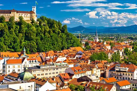 Panoramiczny widok na Lublanę