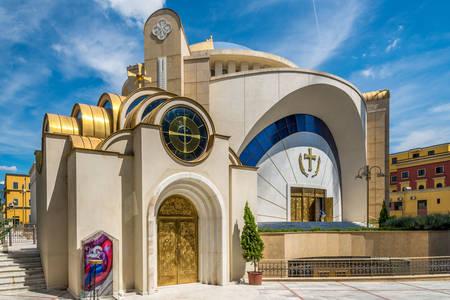 Katedrála vzkříšení Krista v Tiraně