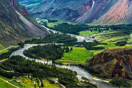 Chulyshman river valley