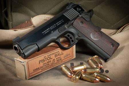 Colt i naboje