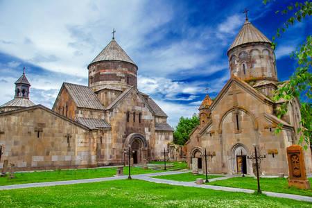 Монастир Кечаріс