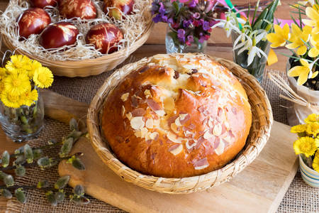 Czech traditional Easter cake - Mazanets