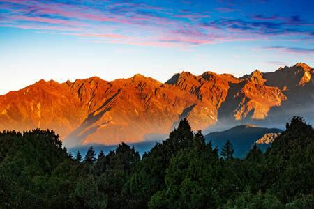 Mountains to Helambu