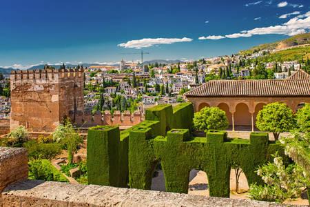 Дворецът Алхамбра в Гранада