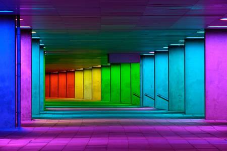 Tunnel coloré à Rotterdam