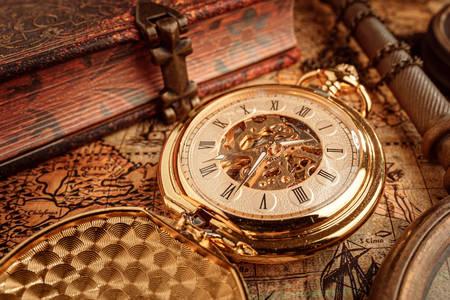Relógio de bolso folheado a ouro antigo