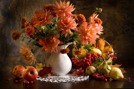 Dahlia bouquet and fruits on the table