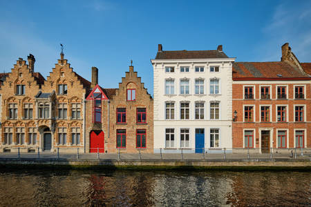 Canal in Bruges and old houses