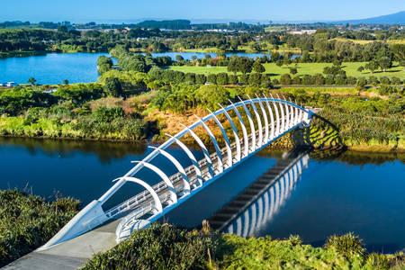 Pešački most Te-Reva-Reva