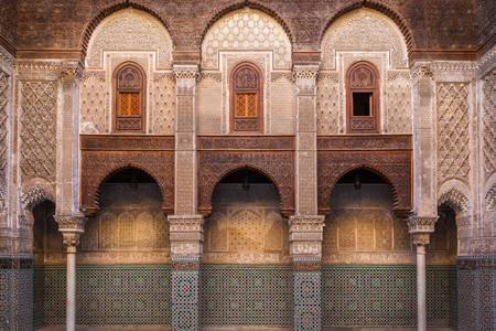 Uma das galerias de Madrasah Al-Attarine