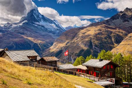 Matterhorn w jesienny poranek