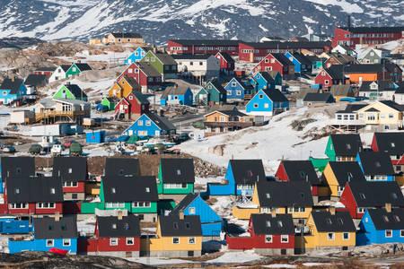 Casas coloridas em Ilulissat
