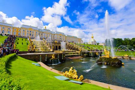 Петергофский палац