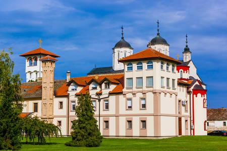 Άποψη του μοναστηριού Kovil