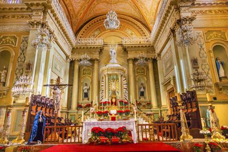 Altar na Basílica de Nossa Senhora de Guanajuato