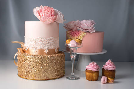 Wedding cakes and pastries