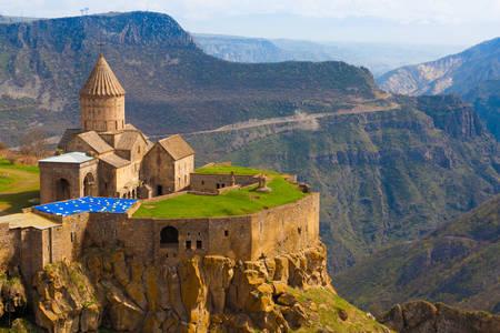 Tatev kolostor