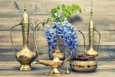 Antique oriental service