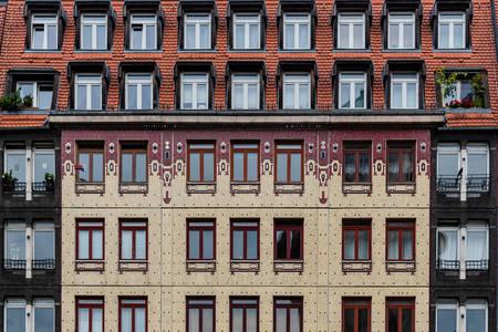 Fasáda domu vo štvrti Berlin-Mitte