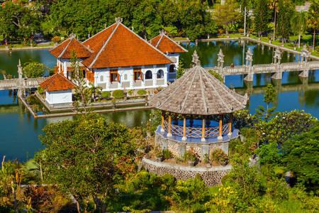 Vodena palača Ujung