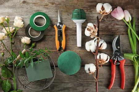 Ανθοπωλεία εργαλεία και προμήθειες