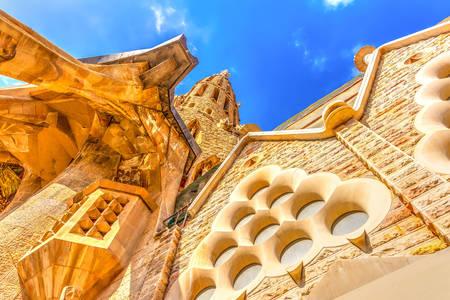 Архитектурные детали церкви Саграда Фамилия