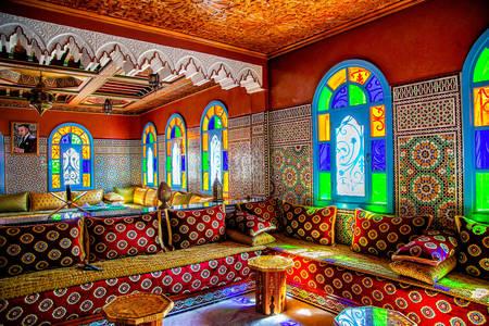 Interiér hotela v Essaouire
