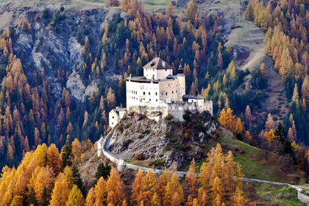 Замок Тарасп