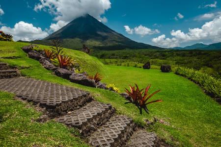 Вид на вулкан Ареналь