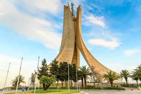A dicsőség és vértanúság emlékműve Algériában
