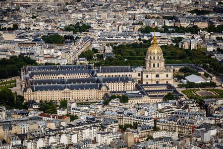Pariz iz ptičjeg pogleda