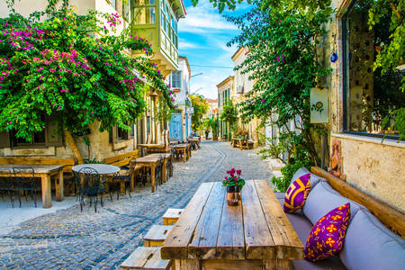 Street cafe in Alacati