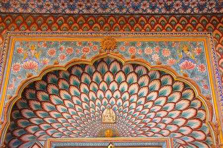 Részlet a Lotus Gate-ről Pitam Niwas Chowk-ban