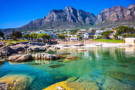 Cape Town city with mountains in the background