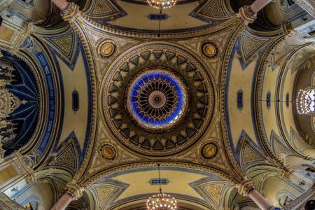 Plafond van de synagoge van Szeged