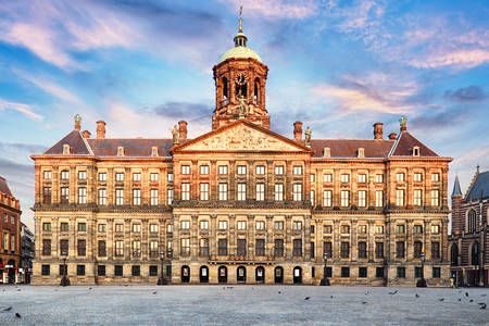 Кралски дворец в Амстердам