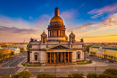 Isaac's Cathedral at sunrise