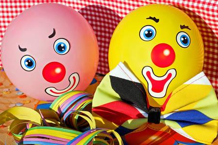 Clown balls