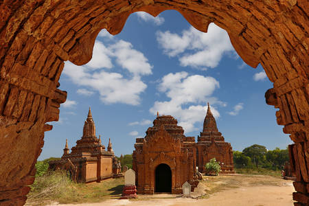 Templele și pagodele din Bagan