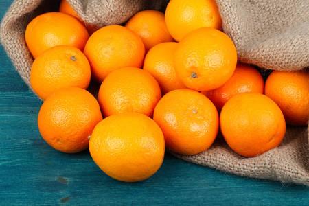 Burlap oranges