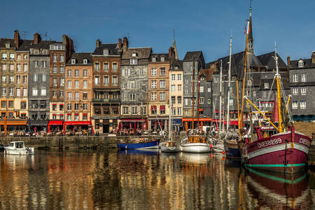 Honfleur - the city of romantics