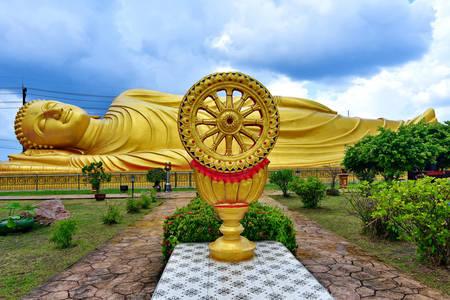 Hram ležećeg Bude Wat Laem Pho
