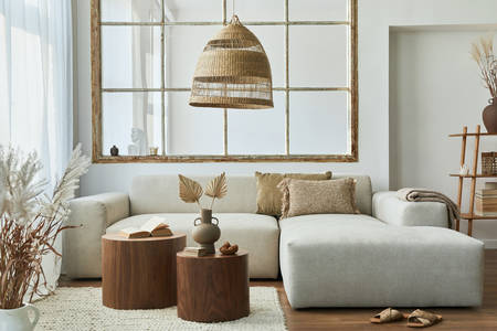 Obývacia izba s dizajnovým nábytkom