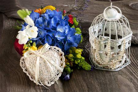 Квіти і аксесуари для нареченої