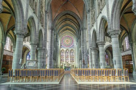 Interiorul Bisericii Sf. Donatus din Arlon