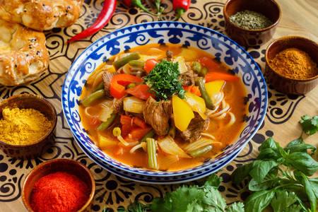 Узбекский суп лагман