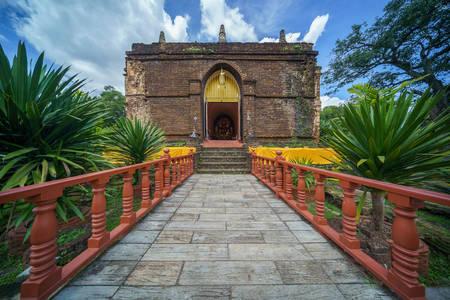Храм Ват Чет йот