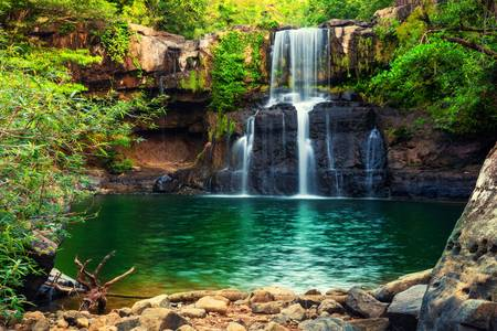 Klong Chao Falls στο νησί Koh Kud