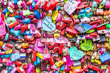 Love locks at Seoul TV Tower