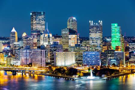 Pittsburgh di notte